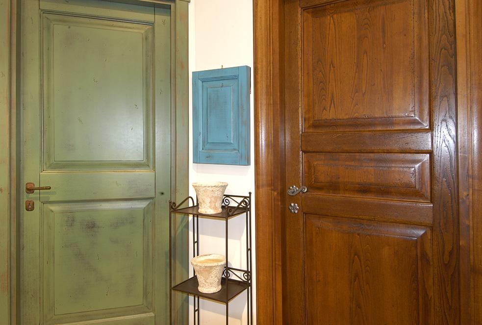 Porte, serramenti e tendaggi - Legno Marchetti